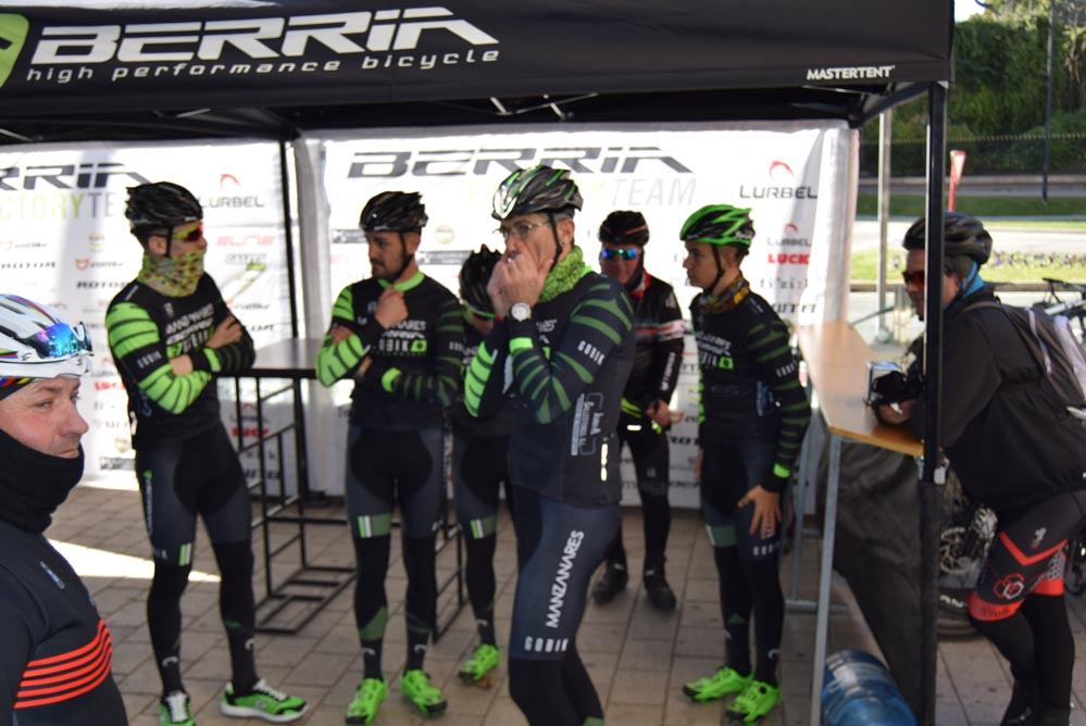 manzanares-berria-racing-team-6